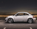 VW-New-Beetle-2012-007