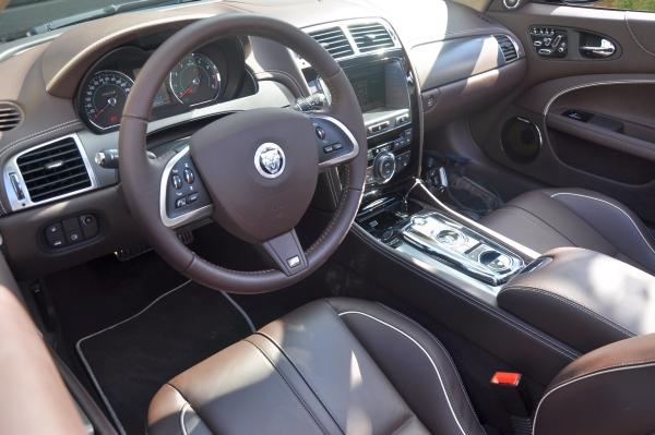 Fahrbericht-Jaguar-XKR-Cockpit