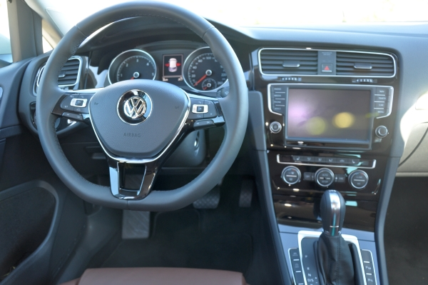 der neue vw golf 7 im fahrbericht automobil blog. Black Bedroom Furniture Sets. Home Design Ideas