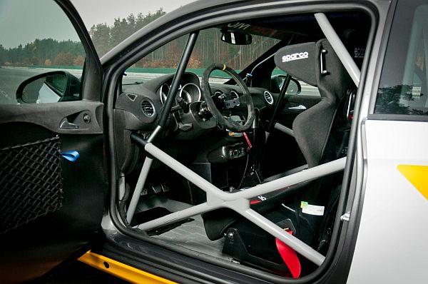 Opel Adam Cup Cockpit