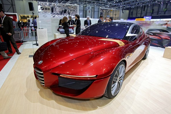 Alfa Romeo Glorai Concept_Genf_2013_03