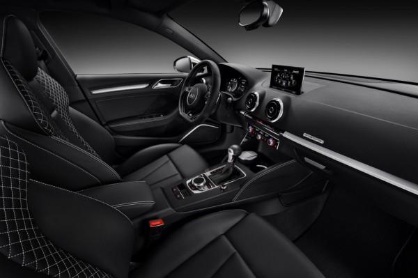 Audi_S3_Sportsback_2013_04