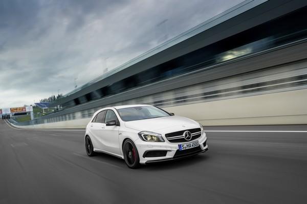 mercedes-benz-a-45-amg-vergleich-bmw-1m-audi-rs3-automobil-blog-01