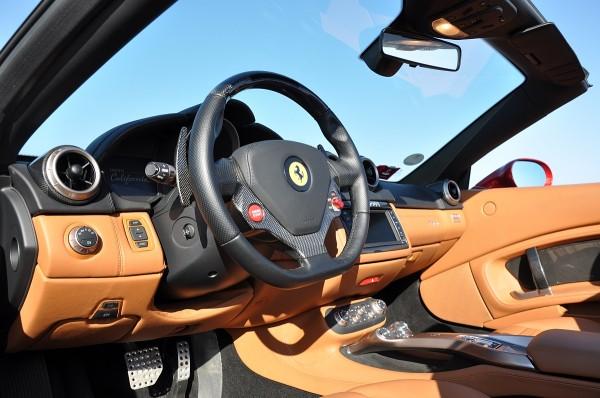 Ferrari California 30 Fahrbericht-Cockpit