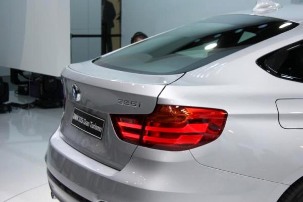 Genf 2013 BMW er GT - Bild 02