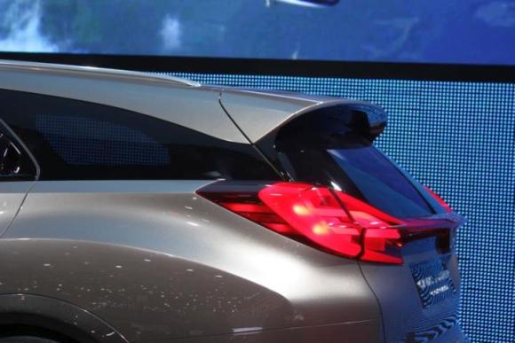 Genf 2013 Honda Civic Tourer - Bild 04