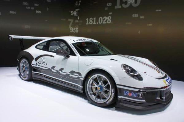 Genf 2013 Porsche 911 GT3 - Bild 04