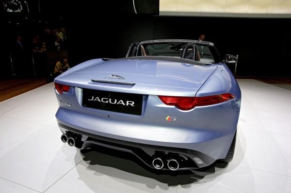 Jaguar_F_Type_2013_01