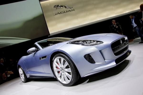Jaguar_F_Type_2013_03