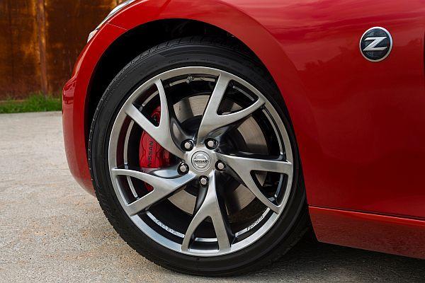 Nissan 370Z Facelift 2013-Rays-Felgen