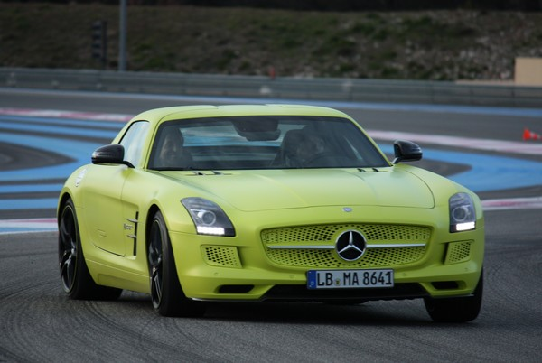 sls-amg-electric-drive-automobil-blog-05