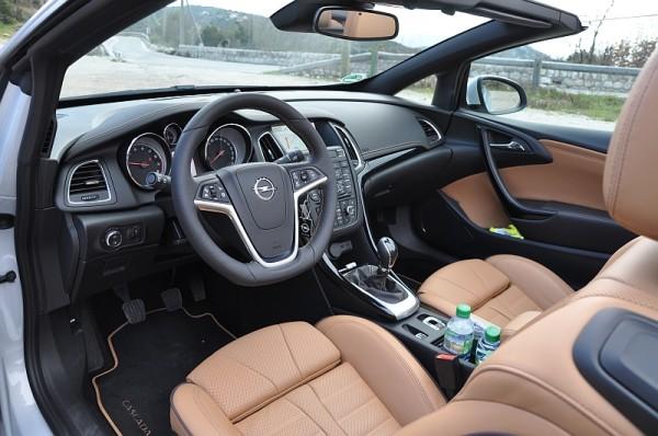 Opel Cascada Cockpit