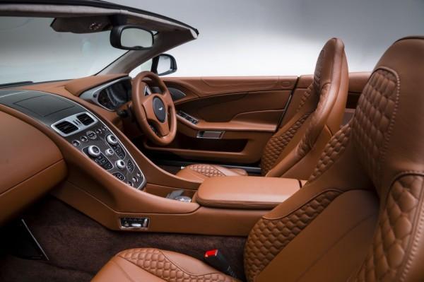 Aston Martin Vanquish Volante_2013_03