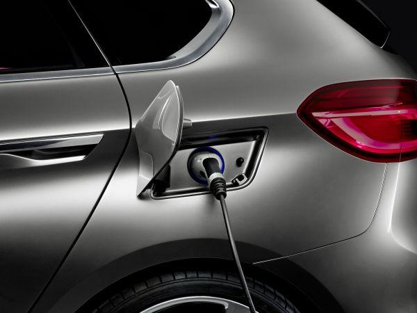 BMW Concept Active Tourer Outdoor_2013_03