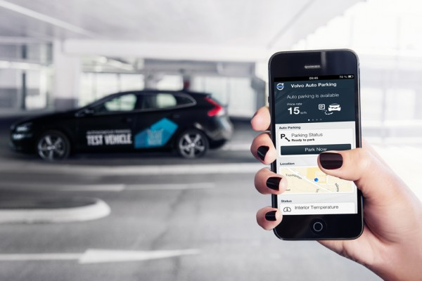 Volvo_Automatic_Drive_2013_01