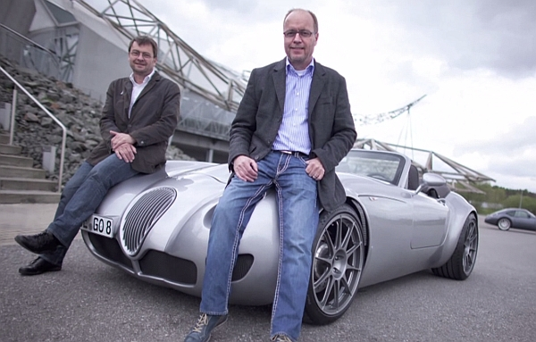 http://www.automobil-blog.de/2013/06/25/michelin-road-stories-wir-treffen-die-wiesmann-bruder/