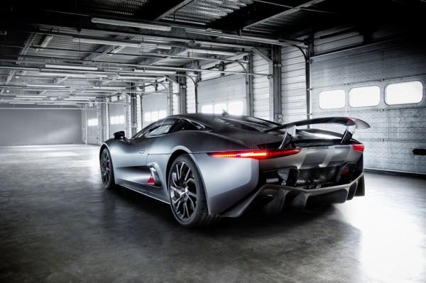 Jaguar_C-X57_2013_02