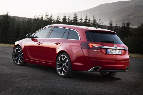 Opel_Insignia_OPC_2013_02
