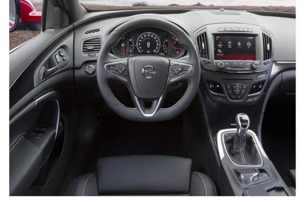 Opel_Insignia_OPC_2013_03