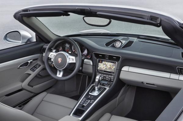 Porsche 911 Turbo Cabrio_2013_03
