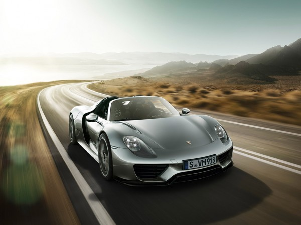 Porsche 918 Spyder_2013_01