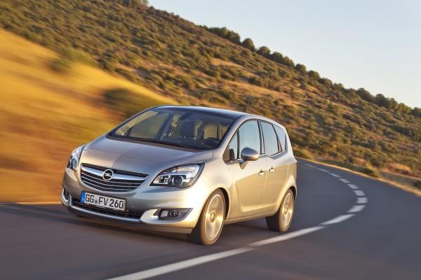 Opel_Meriva_2013_01