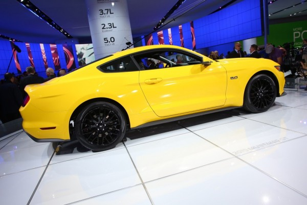 Detroit 2014 Ford Mustang Coupe 3