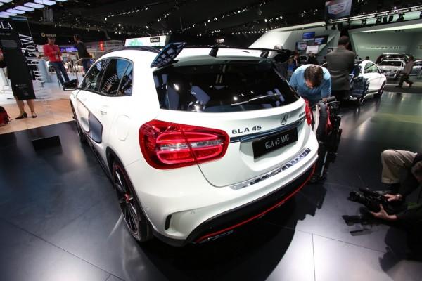 Mercedes GLA 45 AMG Detroit 2014-03