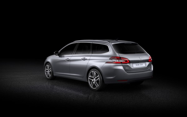 Peugeot_308_SW_2014_02
