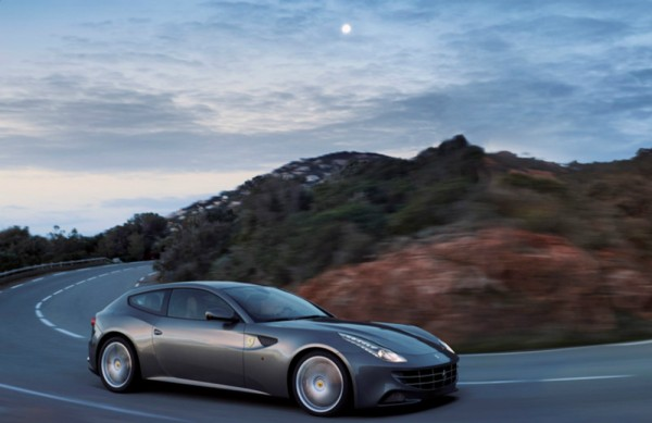 Ferrari_FF_Coupé_Preview_2014_03
