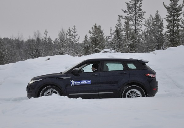 Michelin Winter Experience 2014 Range Rover Evoque Off Road