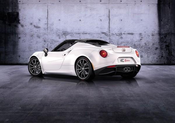 Alfa Romeo 4C Spider_2014_02