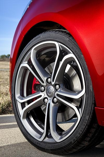 Opel Adam S Rad