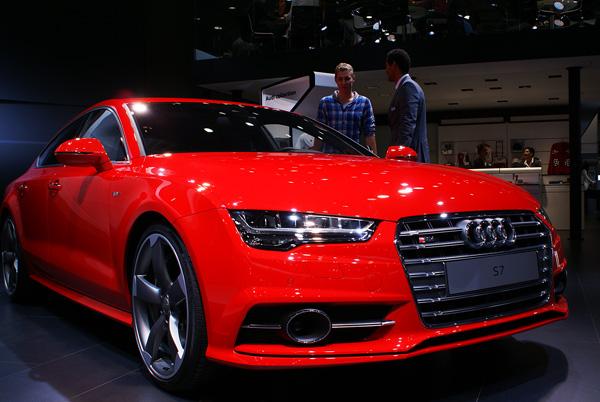 Audi-S7-Sportback_AMI_2014_01