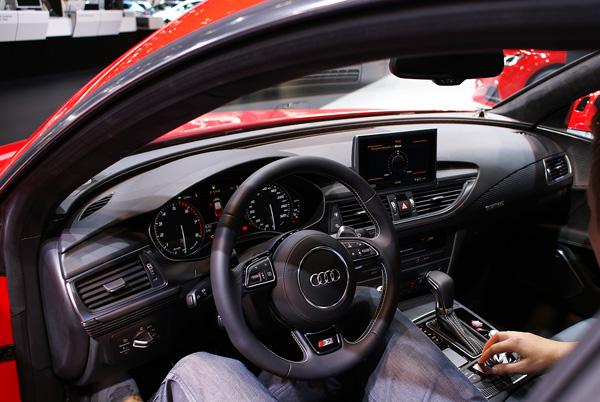 Audi-S7-Sportback_AMI_2014_03