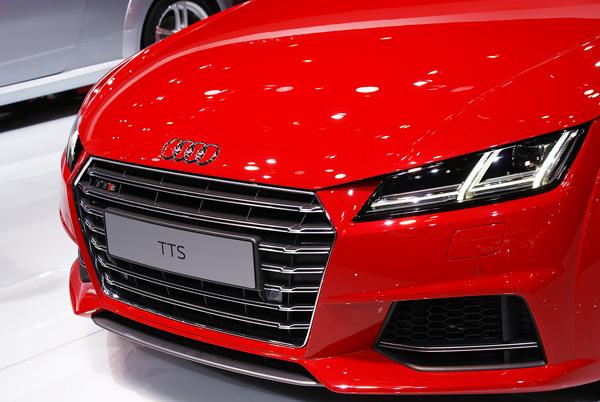 Audi-TTS-AMI-2014-01