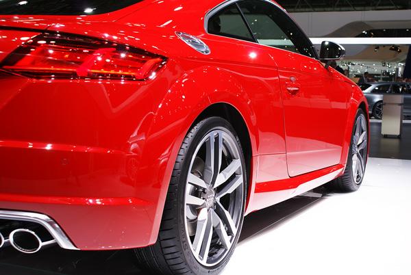 Audi-TTS-AMI-2014-03