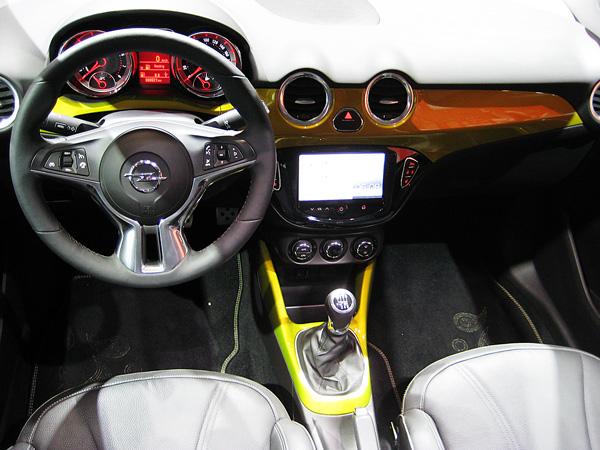 Opel_Adam_Rocks_AMI_2014_04