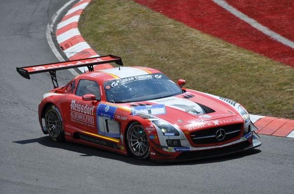 Mercedes-Benz SLS AMG GT3 Nummer 1 auf Platz 2