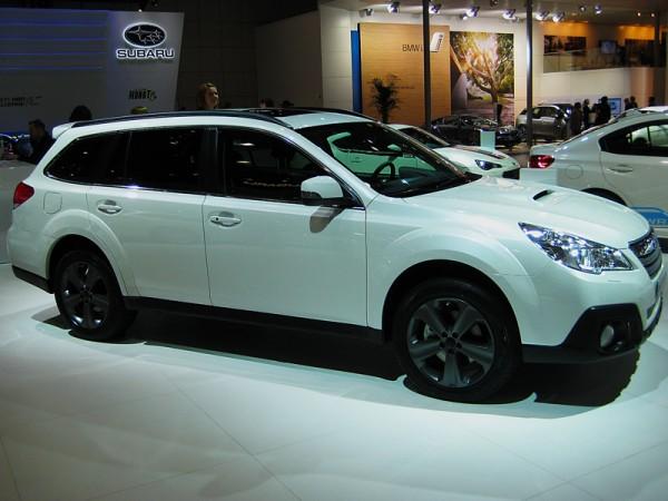 Subaru_Outback_AMI_2014_01