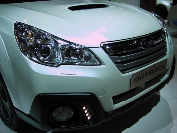 Subaru_Outback_AMI_2014_02
