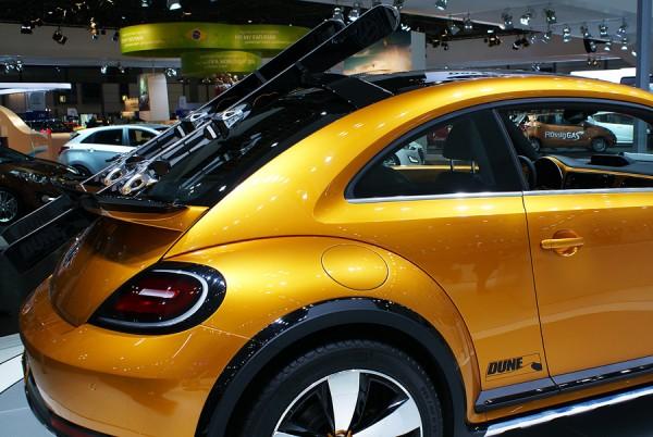 VW_Beetle_Dune_AMI_2014_02