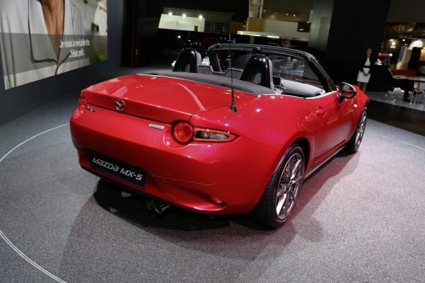 Mazda_MX-5_2014_03
