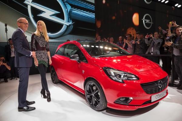 Opel_Corsa_E_2014_05