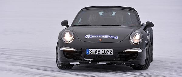 Michelin Winter Experience Sicher Autofahren im Winter Porsche übersteuert