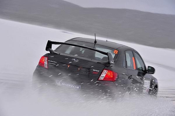 Michelin Winter Experience Sicher Autofahren im Winter Subaru Impreza WRX STi Schnee
