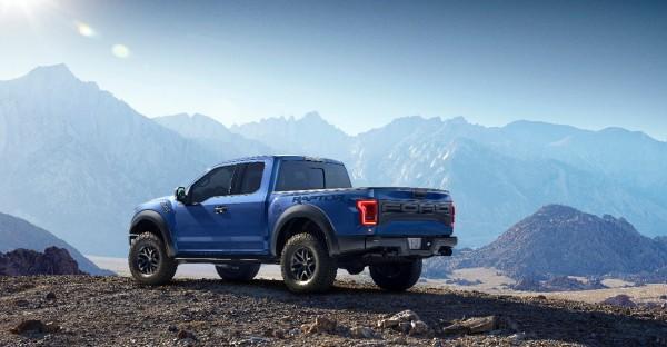 Ford_F_150_Raptor_2015_02
