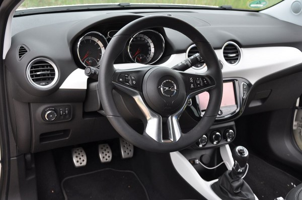 Opel Adam Rocks 03
