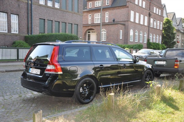 Volvo V70 Black Edition - Bild 006
