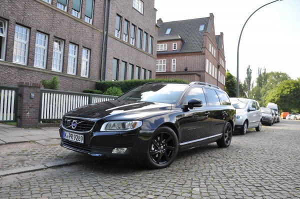 Volvo V70 Black Edition - Bild 008